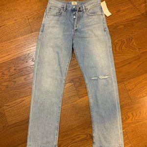 NWT! COH Mckenzie Curved Straight Jeans, SZ 24.